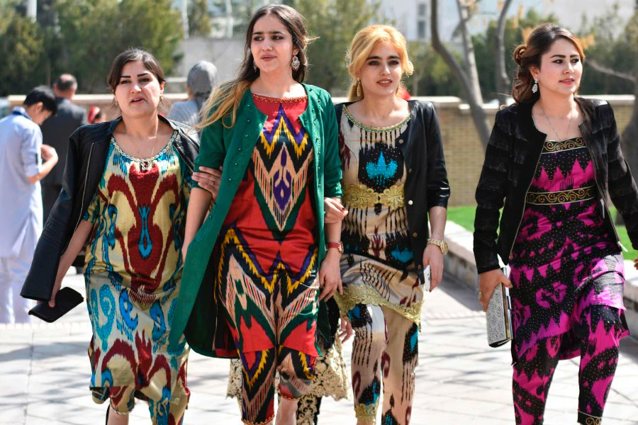 Tajikistan steps up battle against Islamic clothing