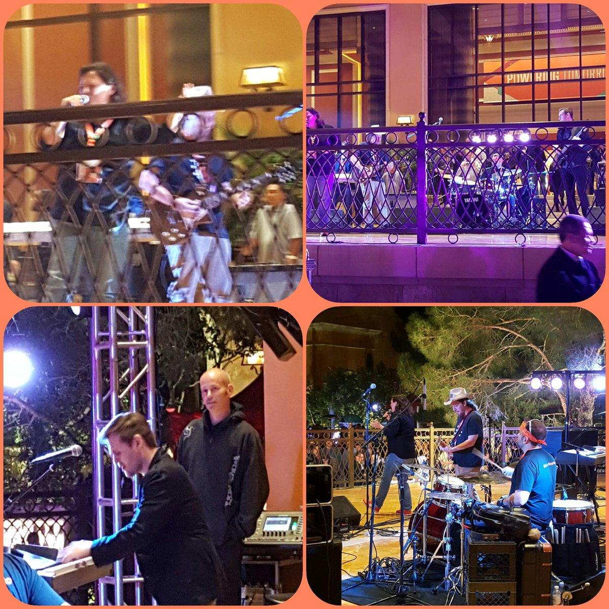 paradoxlabs: #Magentoimagine rock stars! @magento @SteveAtMagento https://t.co/C1sC7AvwyO