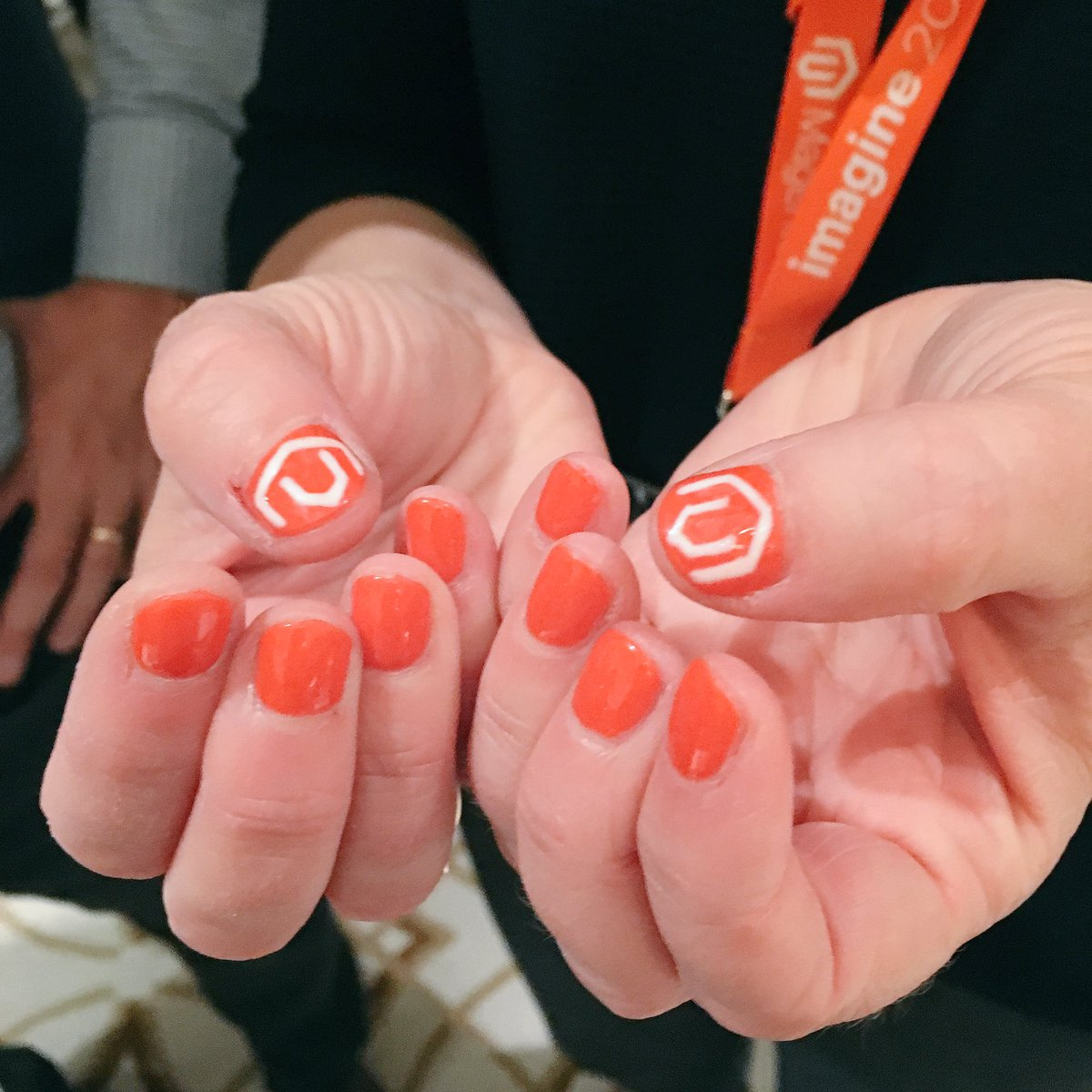 mmiller75: Loving all the @magento spirit here at #Magentoimagine! Show me your Magento! @WynnLasVegas @Veselina_Buie https://t.co/2R8rCnGofd