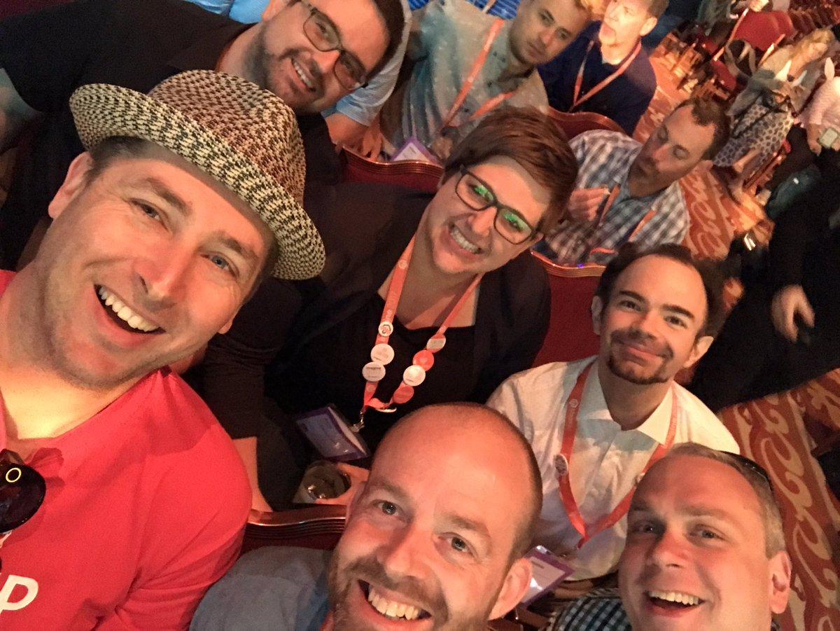 raybogman: We are ready 4 the Keynote #magentoimagine @vkerkhoff @rescueAnn @janbrooijmans @mzeis @sanipeter https://t.co/6DYzIIGblW