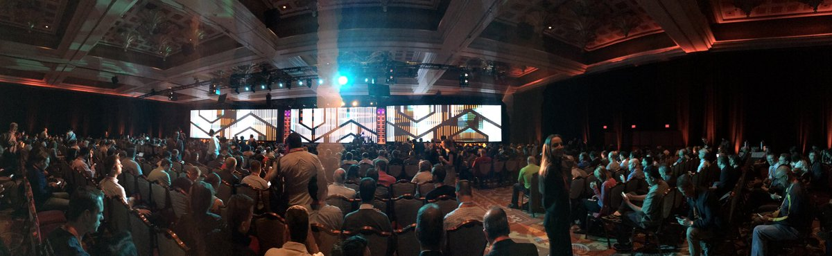 dotmailer: General session + Keynote about to kick off. Great vibe in here this morning #MagentoImagine https://t.co/VlSIhCZdCO