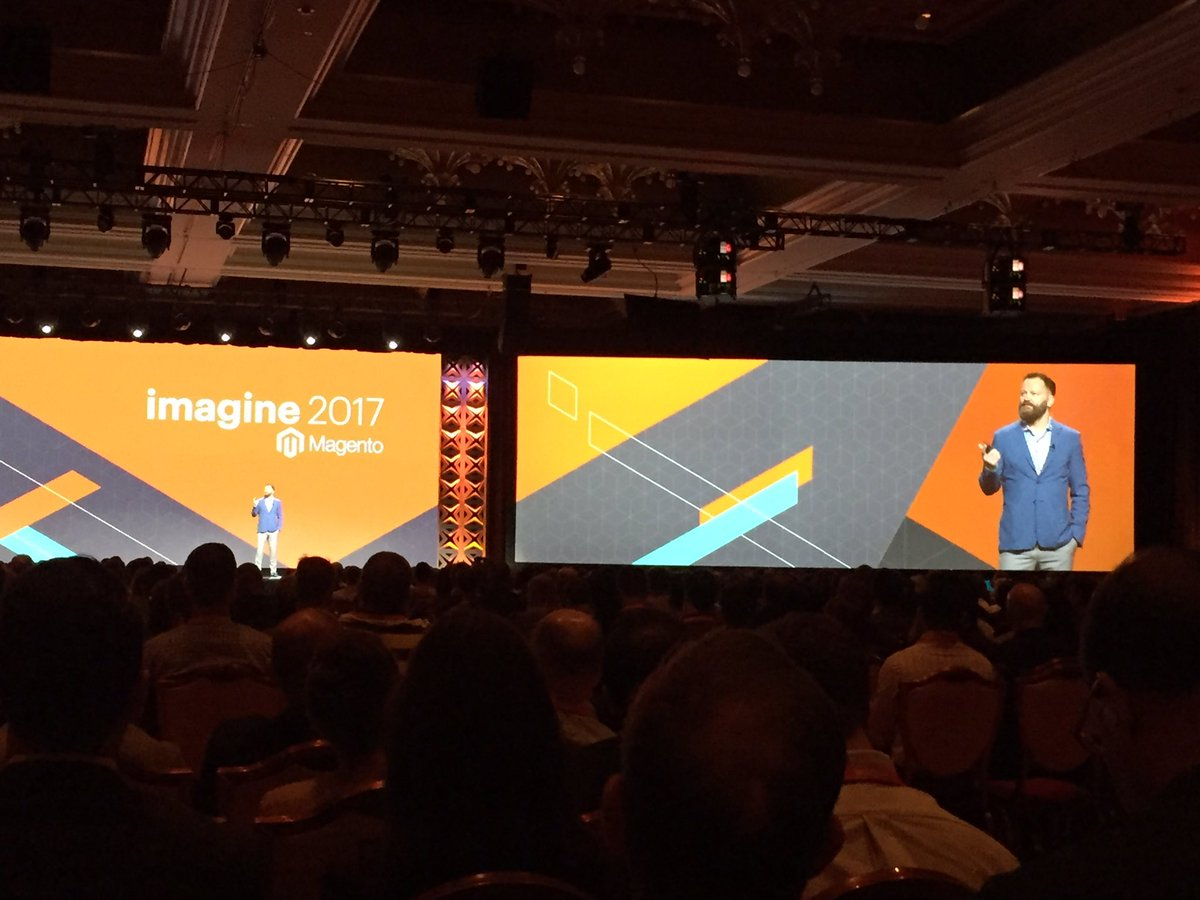 magento_rich: @JC_Climbs and his epic beard on stage. #MagentoImagine https://t.co/eEHYkeozA3