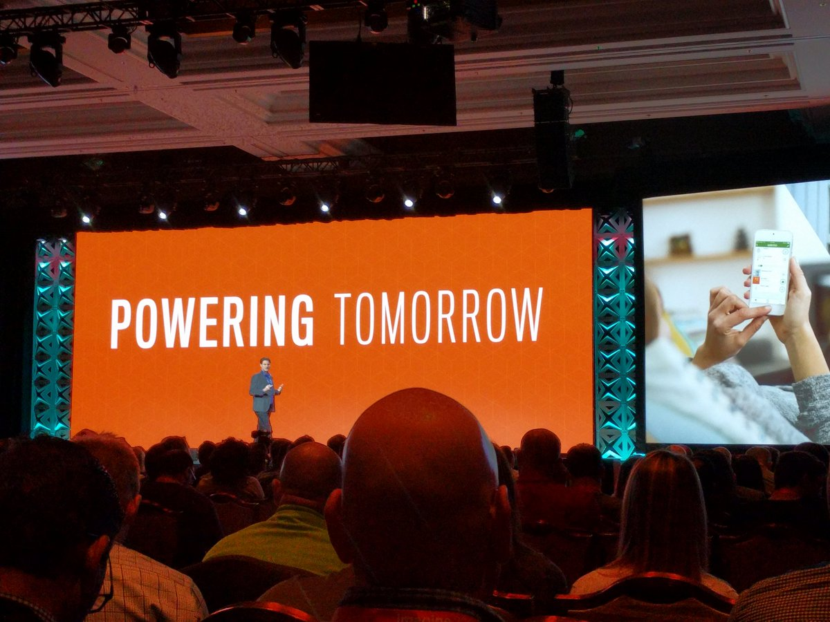 theseattlesuit: @magento is the future of commerce #Magentoimagine https://t.co/6CyDI2vsvV