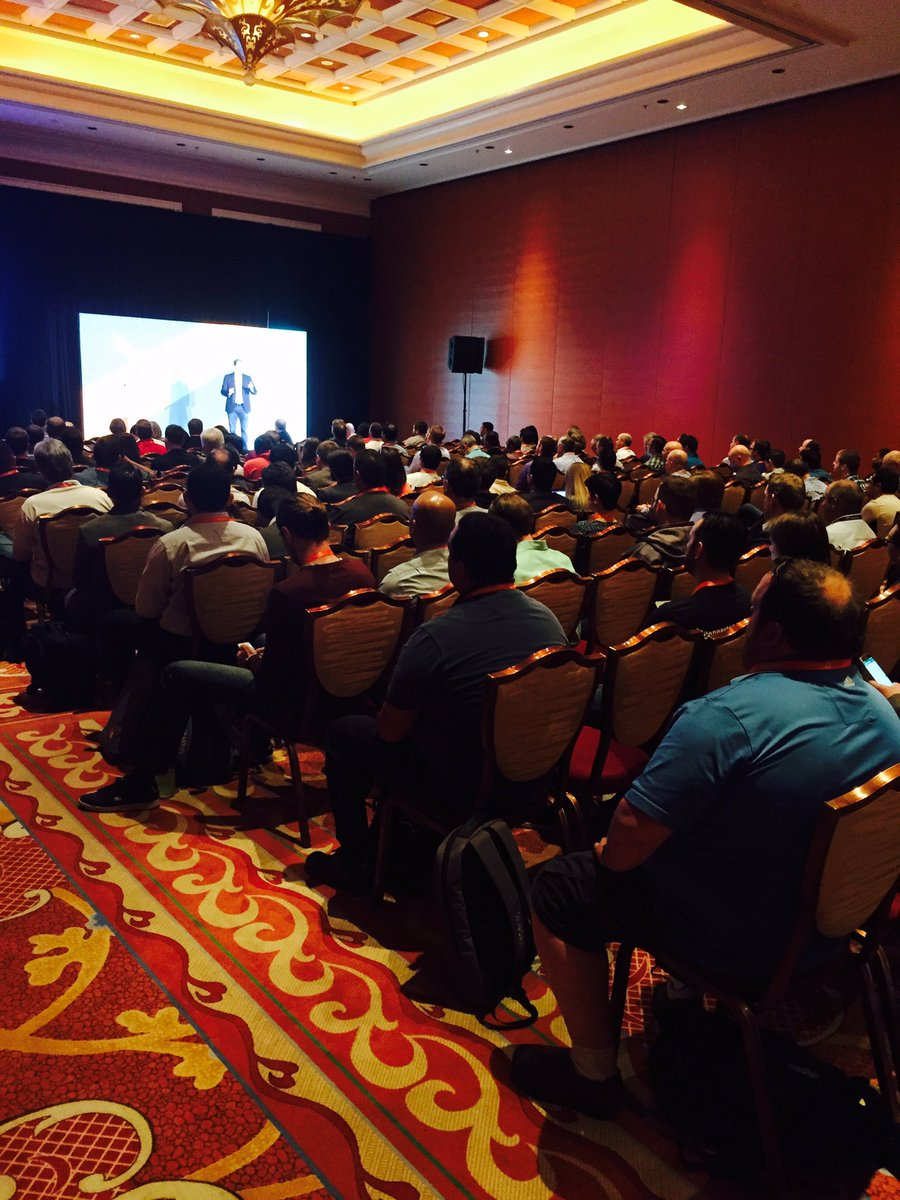 springbot: Packed sesh on #B2B commerce w/ @forrester analyst. Let me sum it up: #s are big, think trillions #Magentoimagine https://t.co/sVbwx1TPba