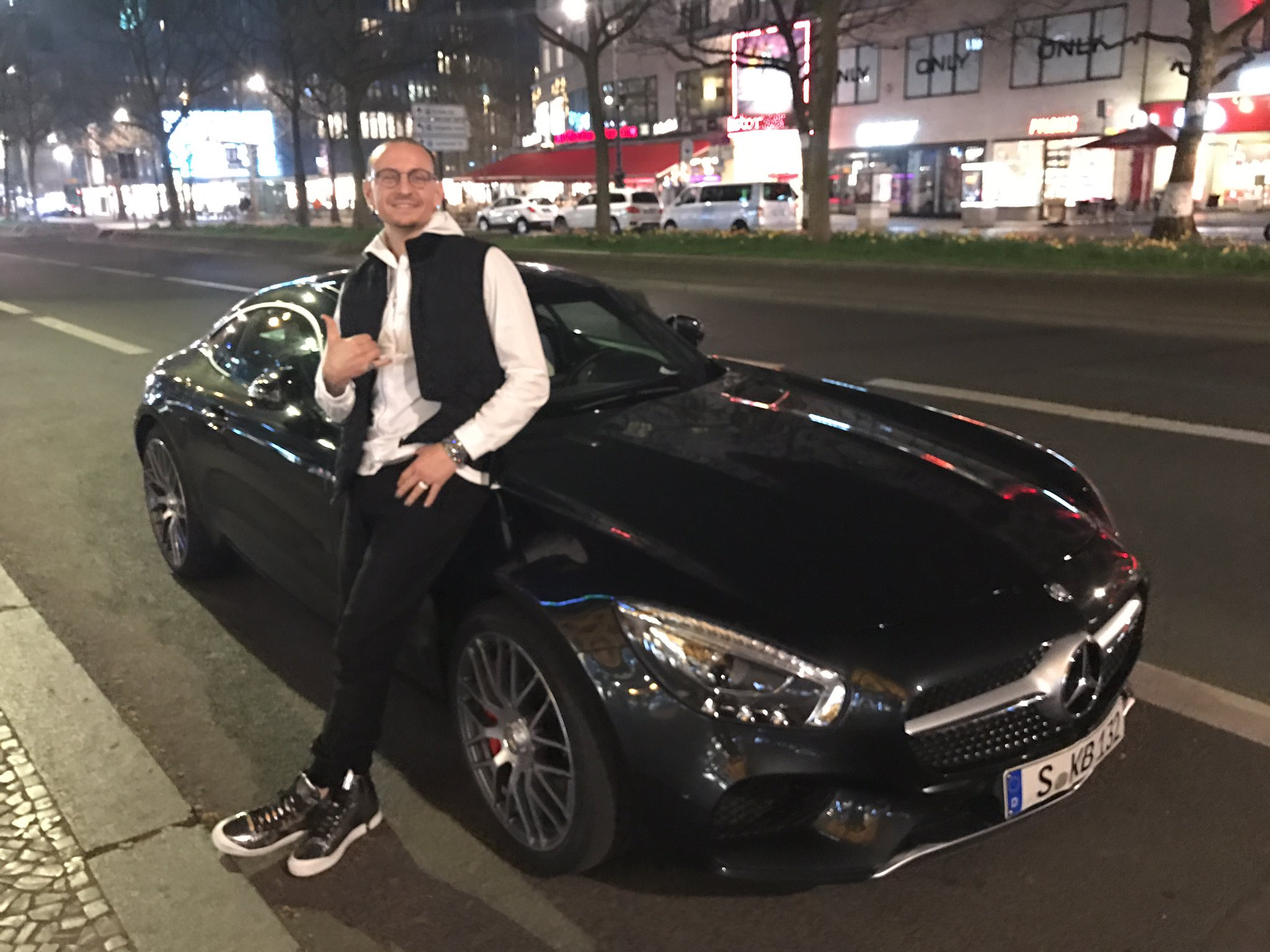 Thanks AMG for letting me drive the GTS while I'm in Berlin https://t.co/JoAMt3QxGe