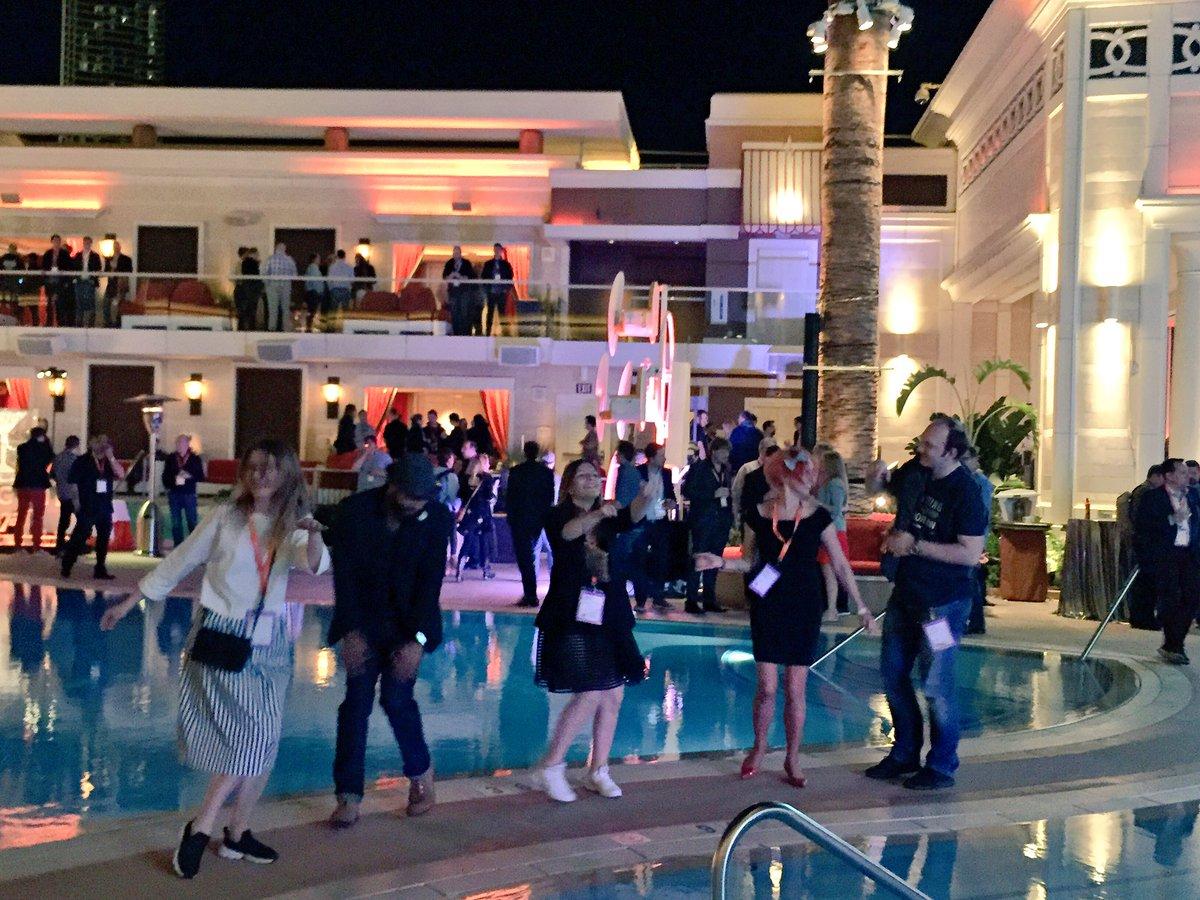 OSrecio: .@_Talesh @daim2k5 @molme @olenaSadoma @tory_bum and #realMagento people dancing at #MagentoImagine lengenday Party https://t.co/3T7Mrnhmqw