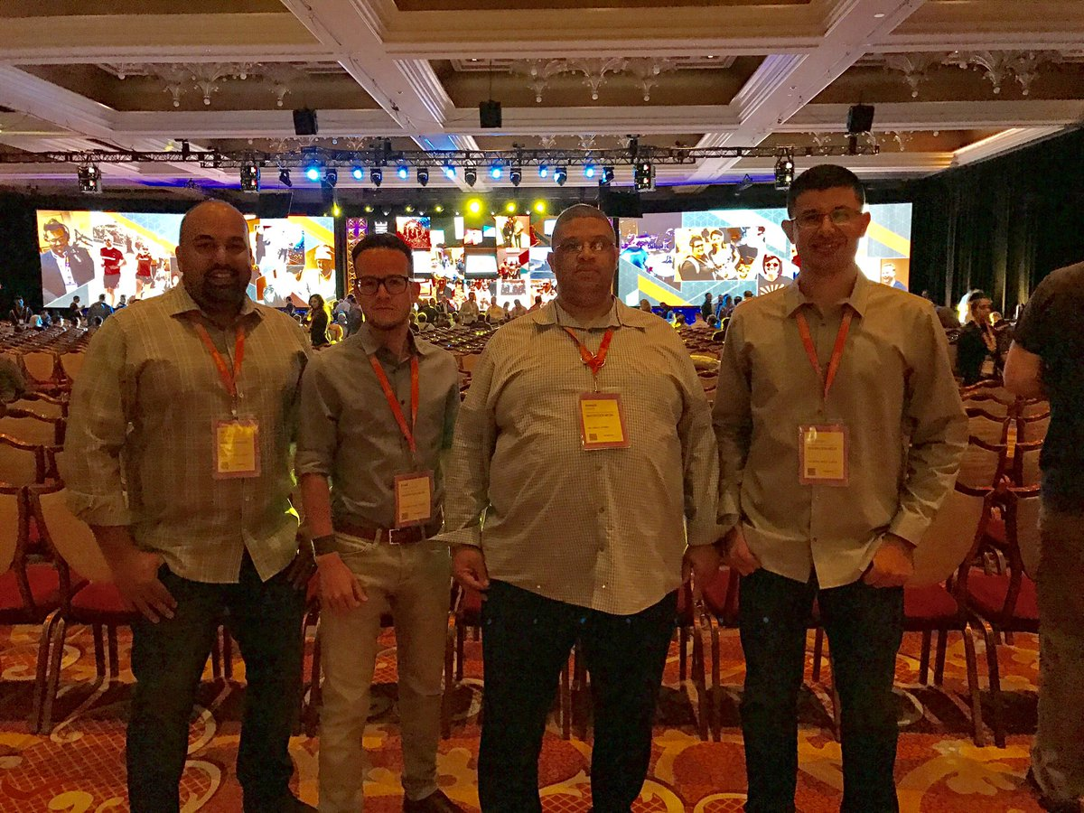 imgmage: Ready for the Main Event! #Magentoimagine #magentoimagine2017 https://t.co/Yl2ziyNY5H