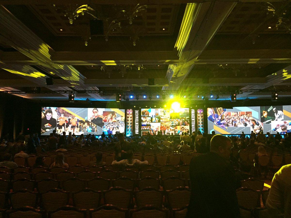 magento_rich: General session starting soon! #MagentoImagine https://t.co/UyJOJVjWeJ