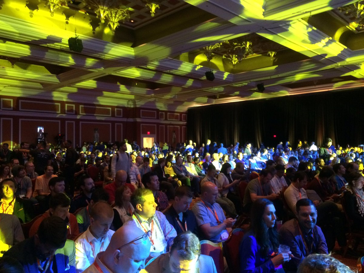 trollweb: Not an empty seat in the house for the key note speeches at #Magentoimagine https://t.co/t4tKwP5VzW