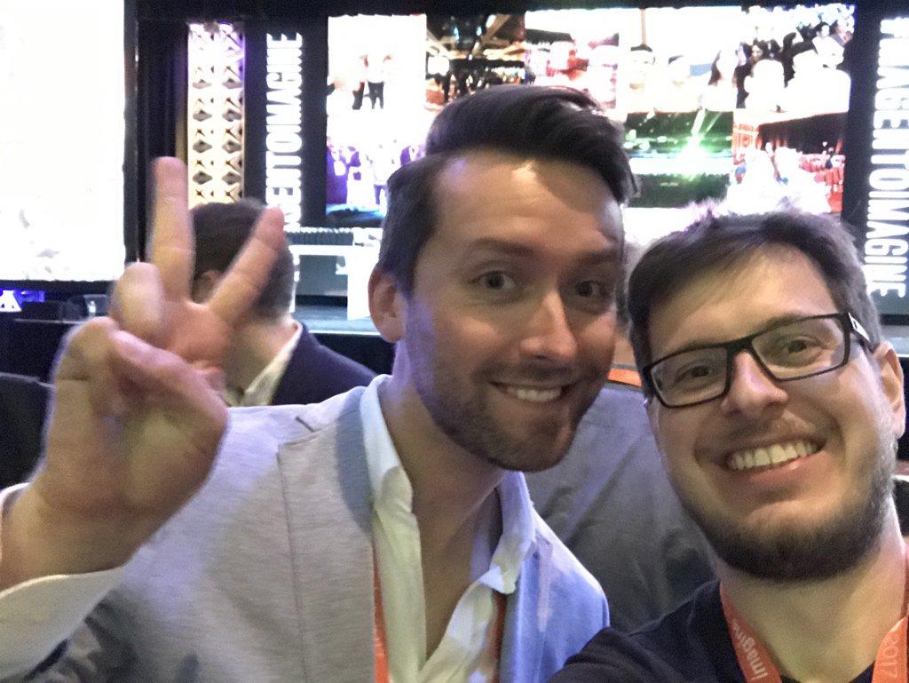drlrdsen: Another VIP in a selfie #MagentoImagine https://t.co/ZHcat77aiw