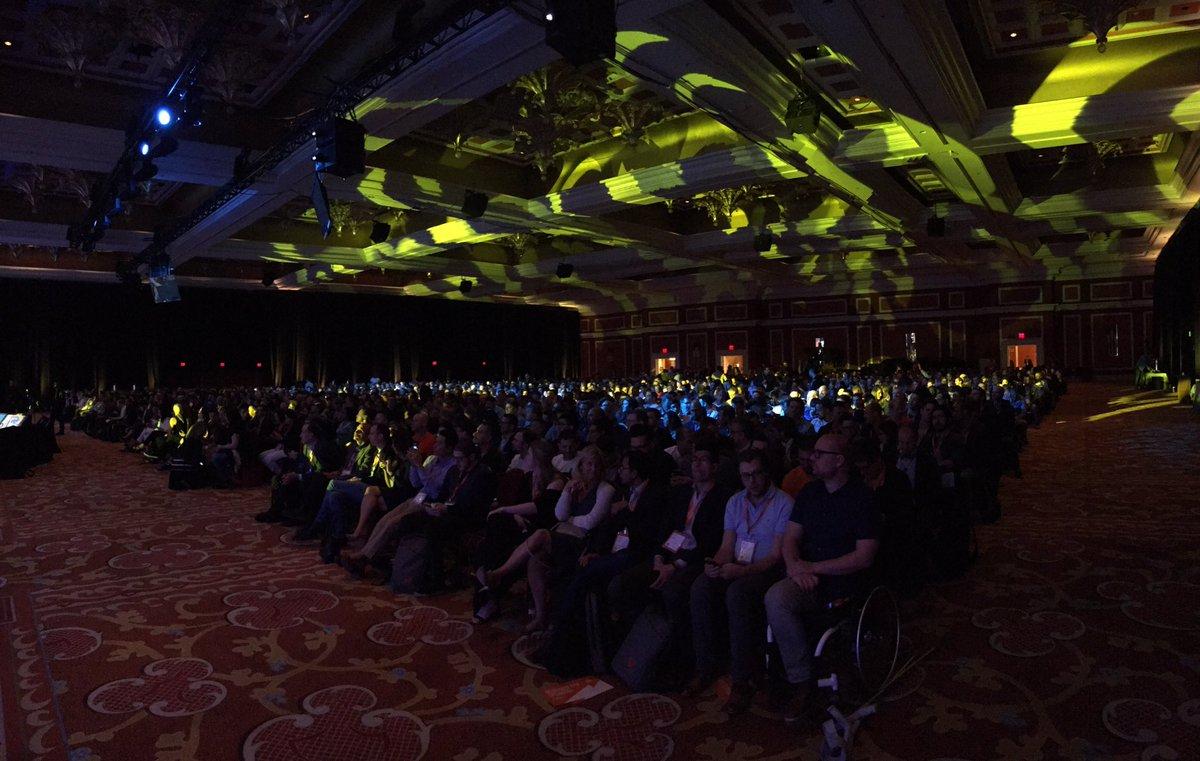SnowdogApps: Full house for @serenawilliams show #MagentoImagine https://t.co/7TWSaKELga