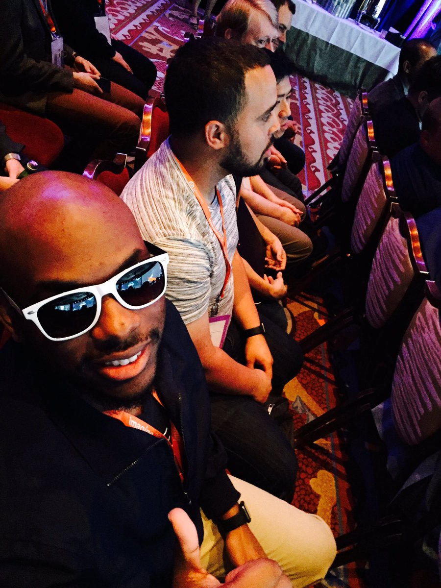 WebShopApps: Rocking those @ShipperHQ glasses @TheDevoted #Magentoimagine https://t.co/T9IJQQtGk8