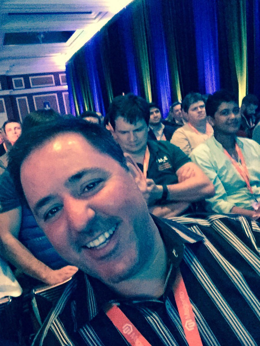WebShopApps: I'm so pleased I'm next to this guy tonight. @chrisgeneralis #magentoGoGoGo #Magentoimagine #whereIsSerena https://t.co/enb0vc28CW