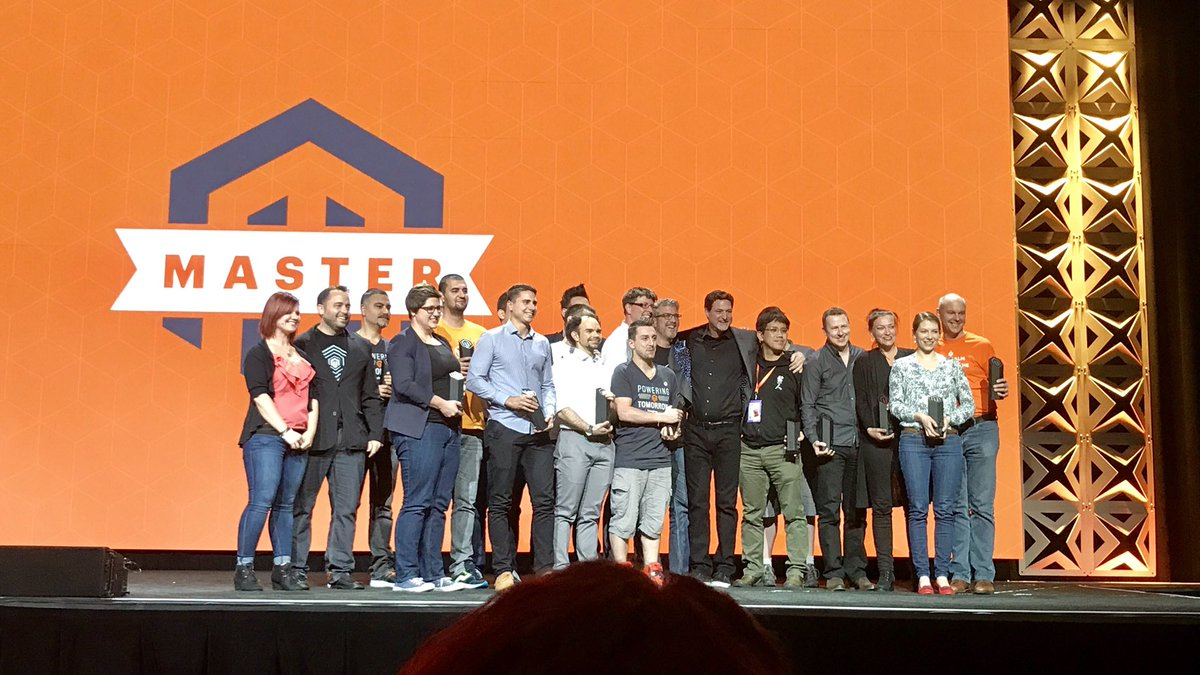 ericerway: We love our Movers, Makers and Mentors! Congrats to the 2017 Magento Masters. #MagentoImagine https://t.co/VtCOl9HEwk