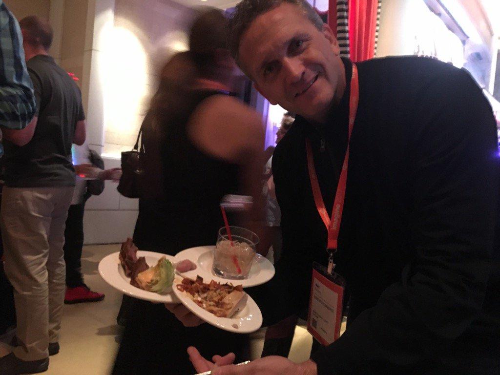 Beth_bef_BethG: Carefully managed food... nice job Matt Borland #Magentoimagine https://t.co/zwDbbMfiIG
