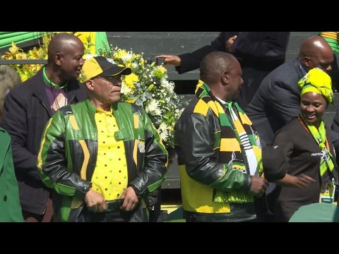 VIDEO -  South Africa's biggest trade union calls on Zuma to quit
