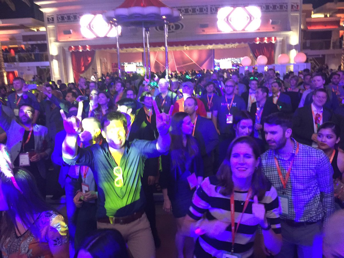 craigpeas: Time for the #magento community to let loose after a few amazing days at #Magentoimagine https://t.co/bmqC8mlFj5
