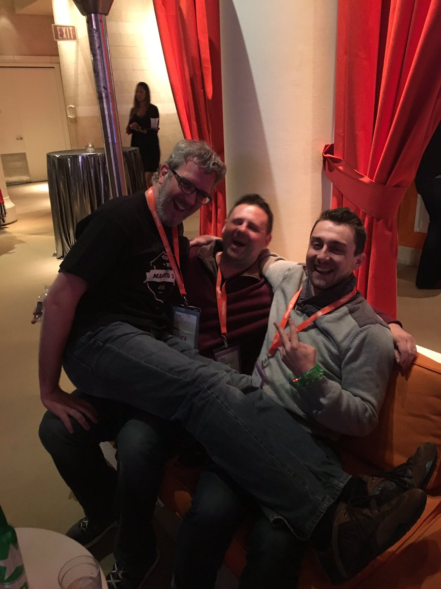 lfolco: Things are getting cozy here at #Magentoimagine https://t.co/emQBj1I3gM