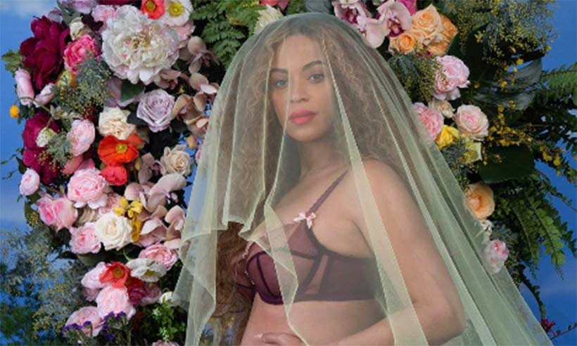 .@Beyonce is the first person to earn $1million for a social media post: