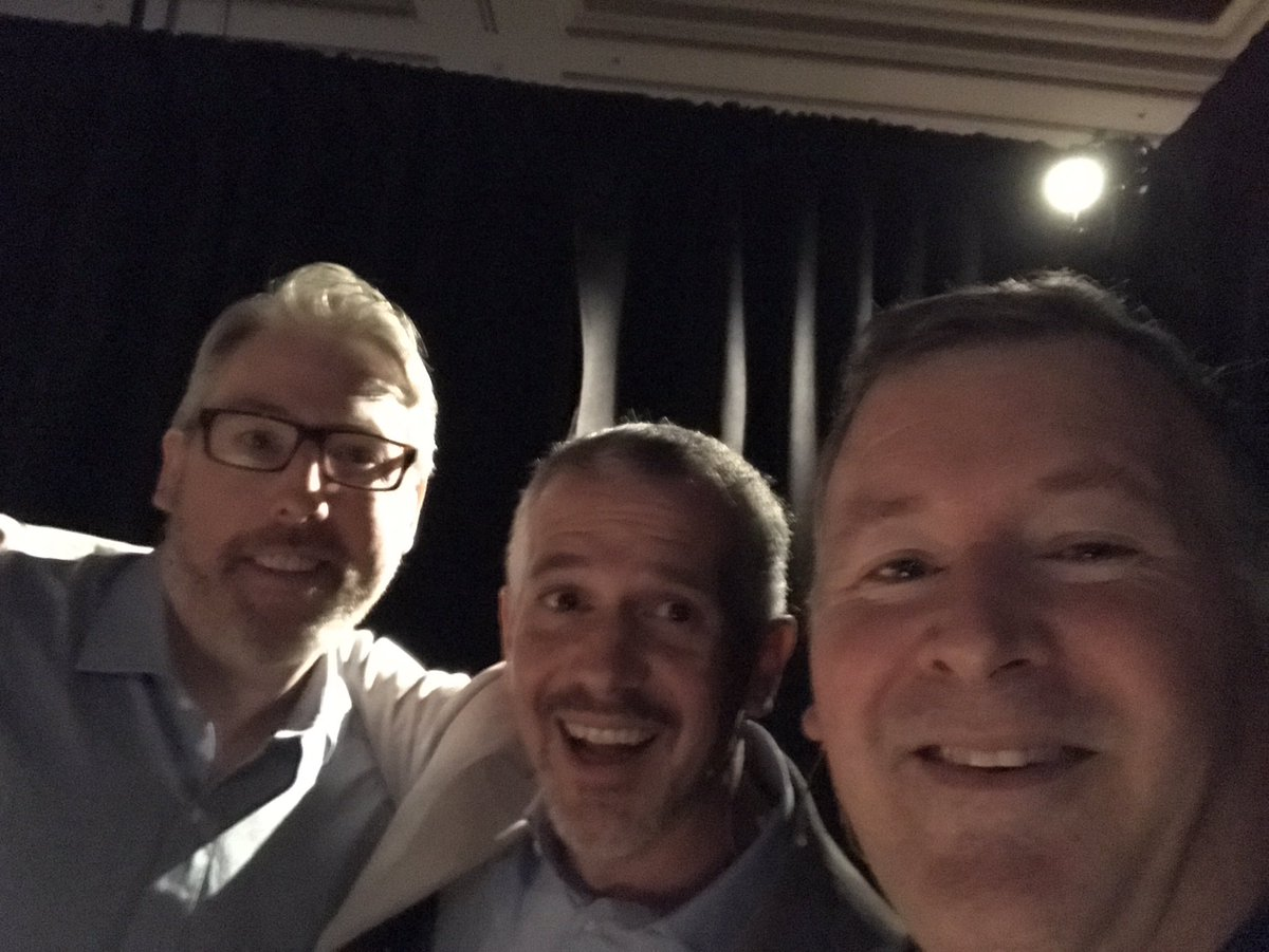 ProductPaul: Magento Product team getting ready backstage. #MagentoImagine now what are we saying again? https://t.co/iFh2bsaNP6