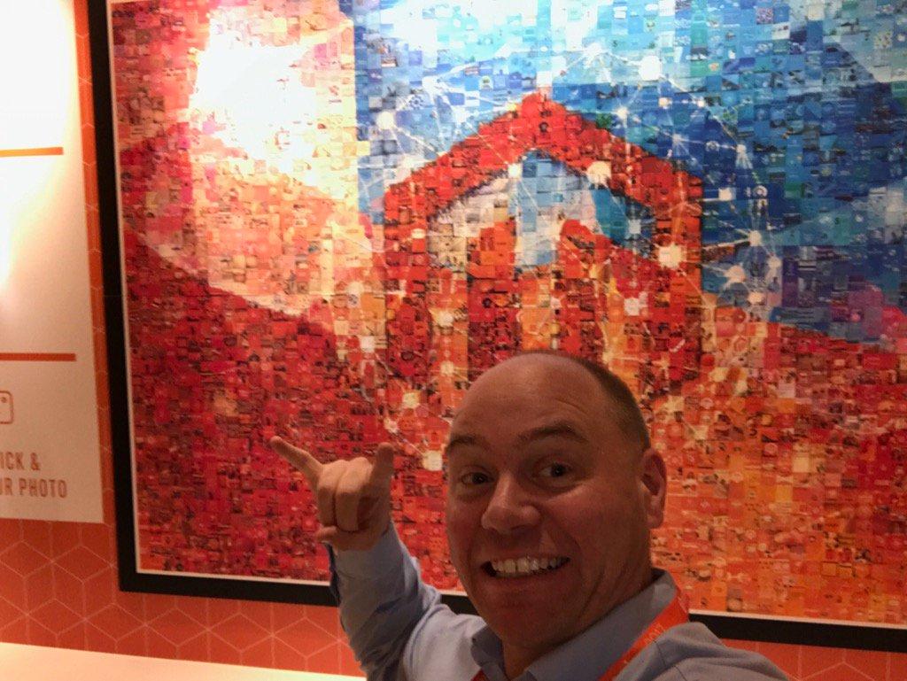 Blue_Bovine: #Magentoimagine hanging ten at the imagine mosaic! https://t.co/PWyD6UtfCj