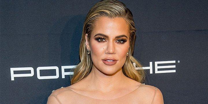 Khloé Kardashian's book club picks are way NSFW ?
