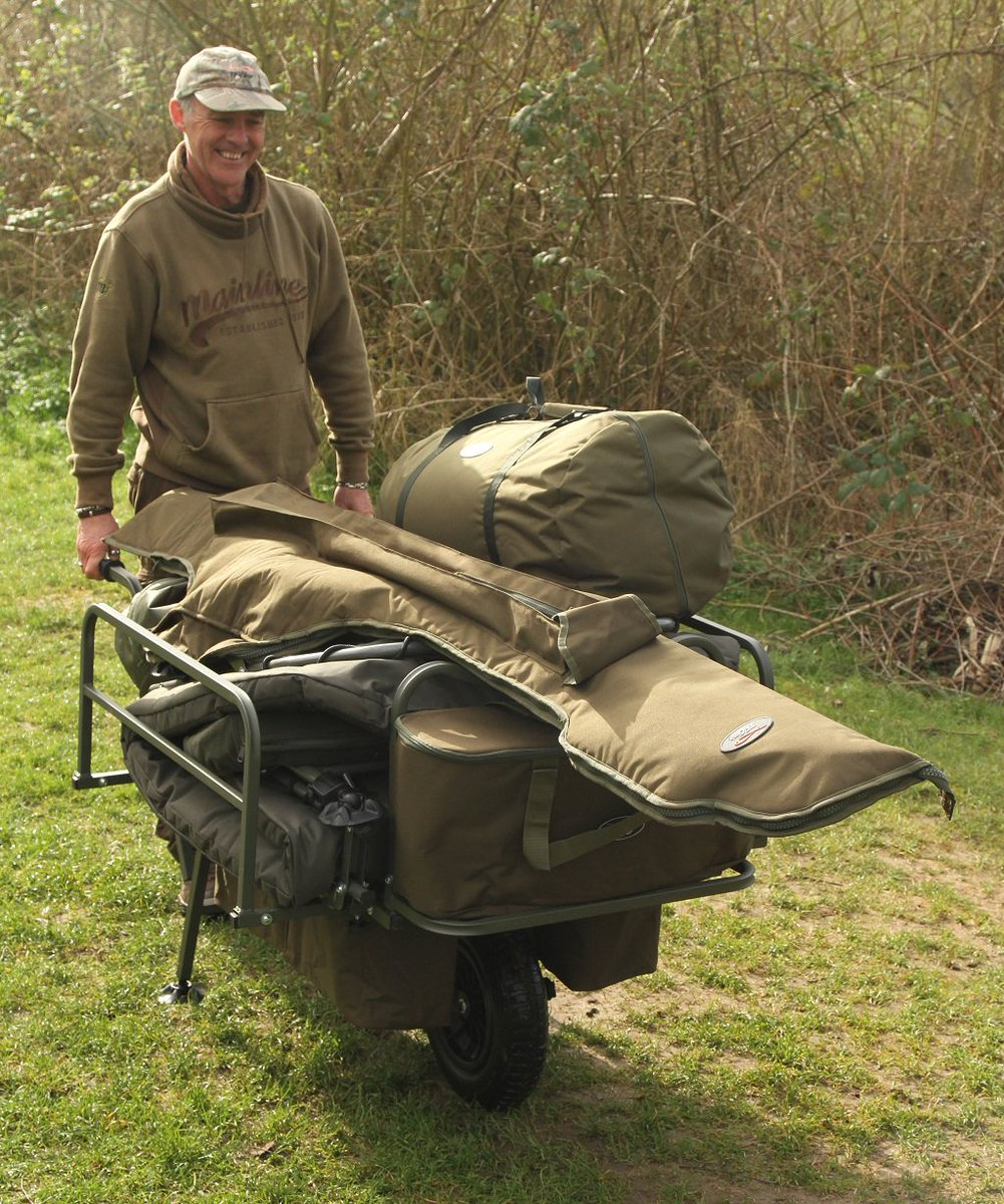 All the gear.... and the idea! Laney with our Trukka <b>Barrow</b>. #carpfishing https://t.co/a0z4Ta