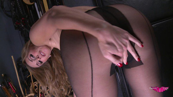 But who will rip open my nylon tights and make me cum? 86jk298yh0 Z6m07SSI
