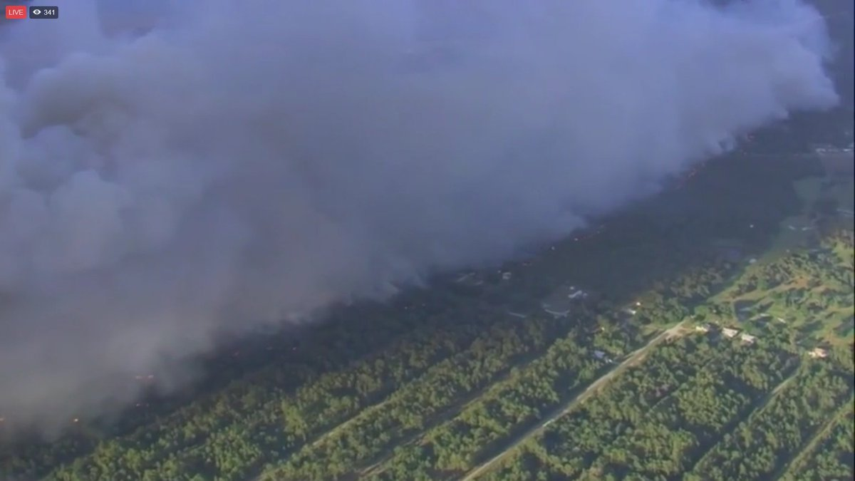 LIVE: Firefighters battling massive brush fire in Polk County, Florida. WATCH: https://t.co/D1TruEAAwG