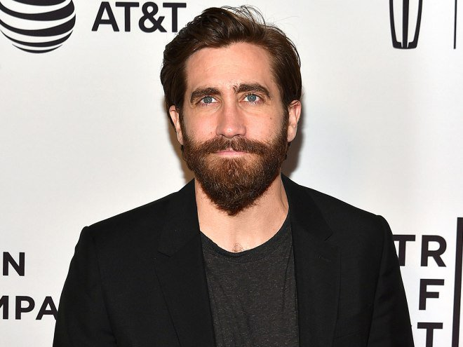 Jake Gyllenhall Steps Out at the Premiere of His Moving New Documentary About War Photographer Chris Hondros