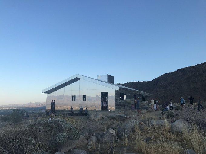 Mirage by Doug Aitken 🌋 #DesertX #California https://t.co/nPSI4Fd3sQ