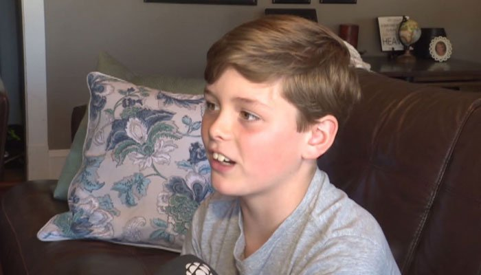 10-year-old boy removed from flight to Costa Rica