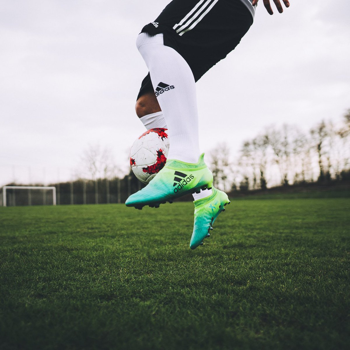 Start your engines. 🔋💨 Shop the new @adidasfootball Turbocharge #X16+ Purechaos online & select stores. #NeverFolow https://t.co/5QTShOF55s