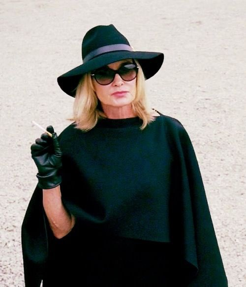 Happy birthday to the gorgeous, insanely talented and forever supreme, Jessica Lange! Keep on slaying kween!