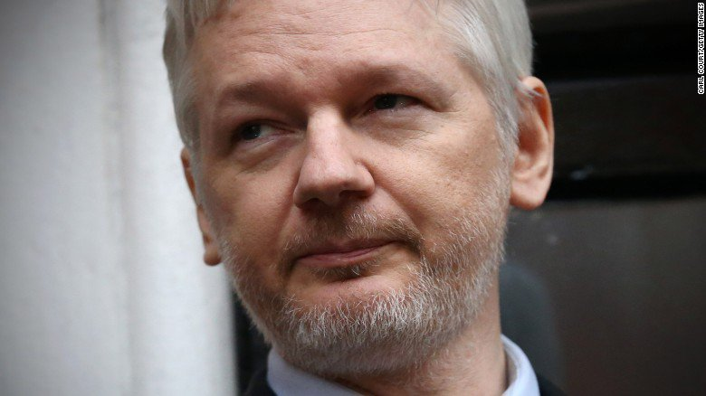 BREAKING: US prepares charges to seek arrest of WikiLeaks' Julian Assange, sources say https://t.co/oCHlUpRVyC https://t.co/A92WMcCcyp