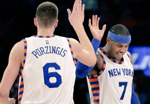 RT @AaliyahNevaeh7: Happy #nationalhighfiveday to all #Knicks fans. Here are a few high fives that made me smile... https://t.co/ES5qNl3IzV