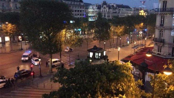Parigi, spari sugli Champes Elysees: due poliziotti feriti #parigi https://t.co/EsOBzBSJhq