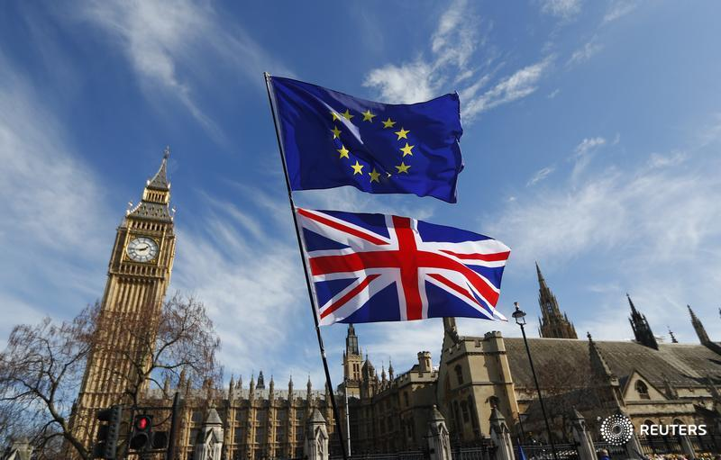 EU eyes years of Brexit payments, immigration - document:
