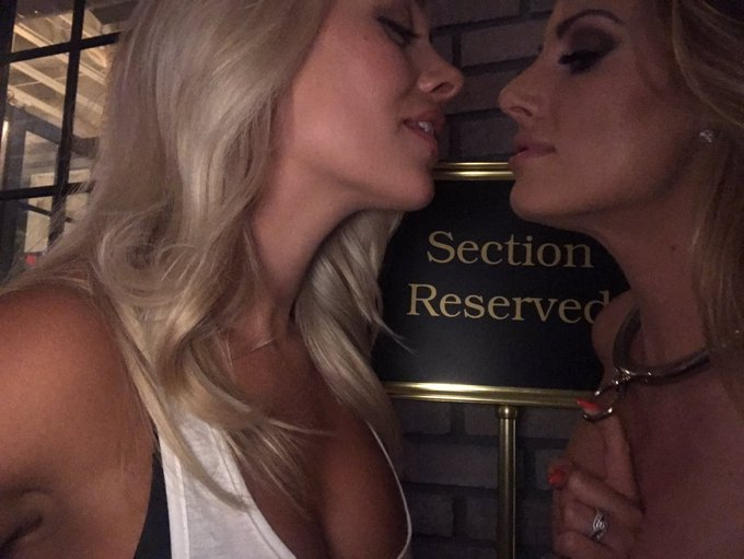 Yup... maybe this is where it is🤗 @AlexisMonroexxx https://t.co/qUt873uoND