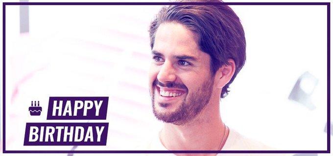 Il fête ses 25 ans aujourd'hui. Un joyeux anniversaire à @isco_alarcon ! #IscoShow 🎈🎉