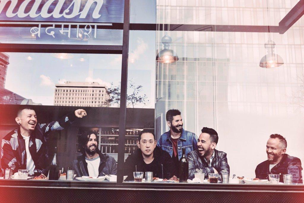 25日のハッシュタグは世界的バンド「リンキン・パーク」のヴォーカル、チェスター・ベニントンとマイク・シノダが生出演!5月のニューアルバムやワンオクも出演する来日公演など話題の彼らが日本のテレビでは5年ぶりとなる生歌を披露!#linkinpark #リンキンパーク #ワンオクロック