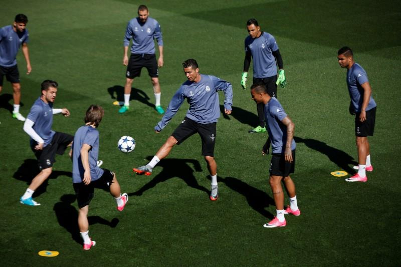 Real to take on Atletico in Champions League semi-final - Football