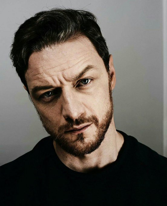 !  Happy Birthday James McAvoy!!!