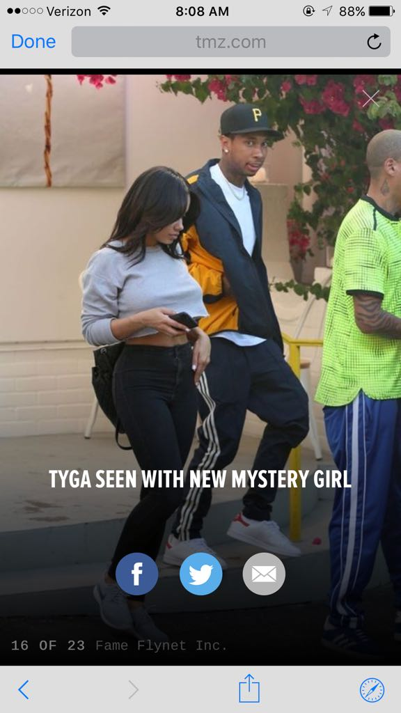 look at tyga face man �� https://t.co/fU0nQgySAr