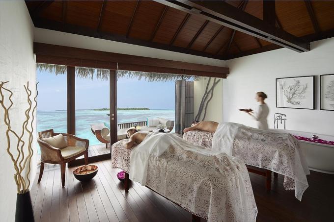 Unwind in Maldives and Mauritius