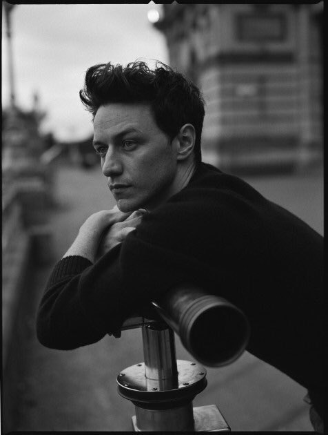 Happy birthday to one of my favorite actors! Happy birthday James McAvoy!