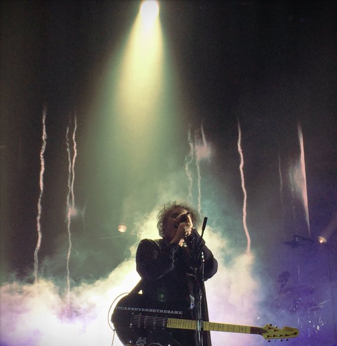 Happy Birthday, Robert Smith! I\m so thankful and happy you exist.