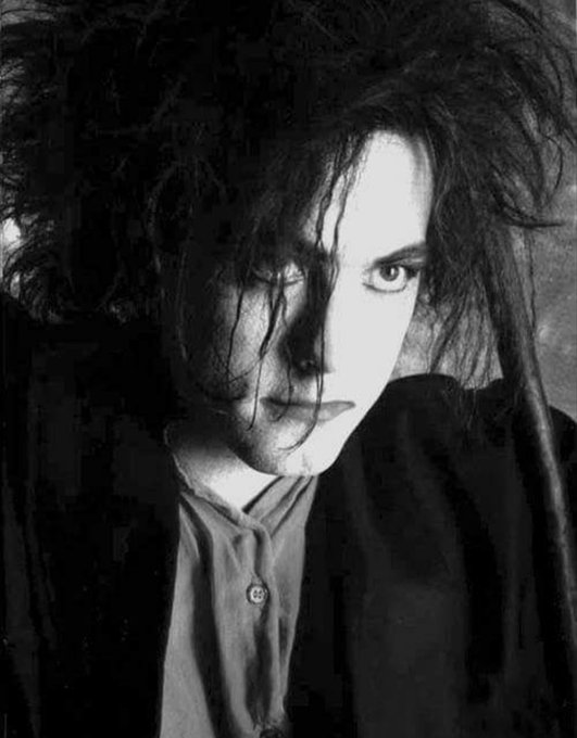 Happy birthday to the one and only Mr. Robert Smith!!