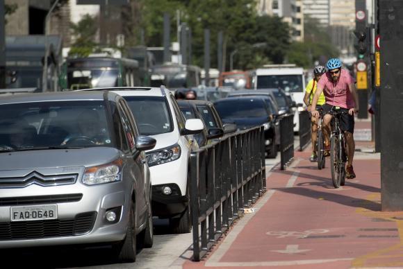 Prefeitura de São Paulo anuncia mudanças no sistema cicloviário da cidade. https://t.co/Z3CwljaMWL