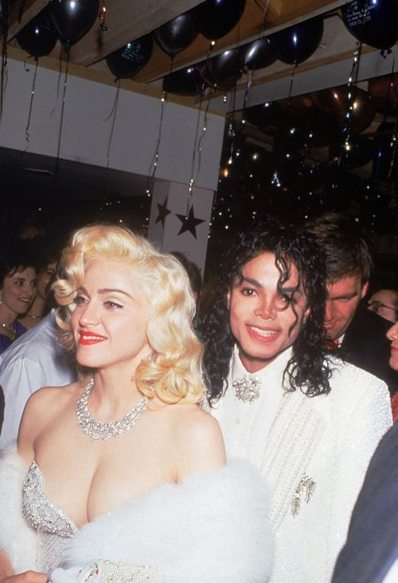 RT @idolator: FLASHBACK: The King and Queen of Pop https://t.co/upRapKKjXx
